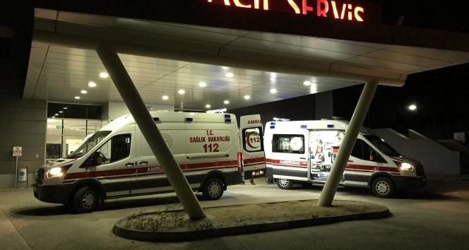 Tekirdağ'da otomobilin çarptığı baba ve oğlu yaralandı
