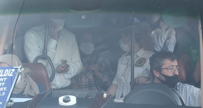Esenyurt'ta balık istifi yolcu taşıyan minibüs sürücüsünden gazetecilere tepki