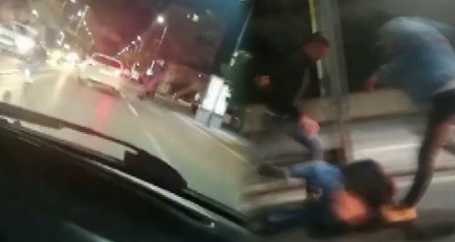 Önce araba çarptı, sonra dayak yedi