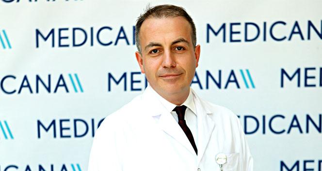 'Diz protezi ameliyatı, 60 yaş ve üzerindeki hastalar dışında duruma göre 40 yaşındaki hastalara da yapılabilir'