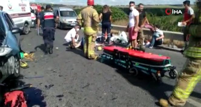 Arnavutköy'de feci kaza: 4'ü çocuk 7 kişi yaralandı