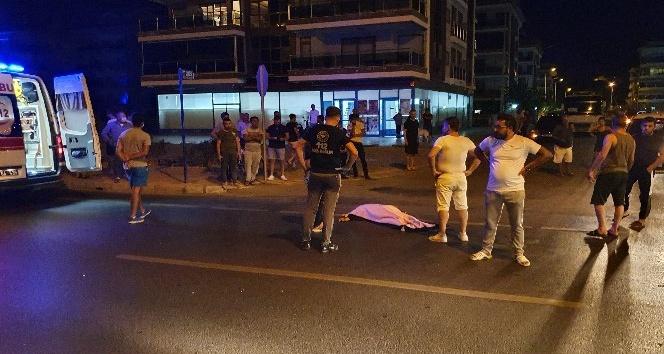 Antalya'nın Alanya ilçesinde Otomobilin çarpıp, başka bir otomobilin üzerinden geçtiği İngiliz turist öldü