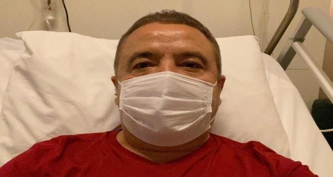 """Korona virüs tedavisi gören Böcek'in eski eşinden duygusal paylaşım: """"Sıra sende"""""""