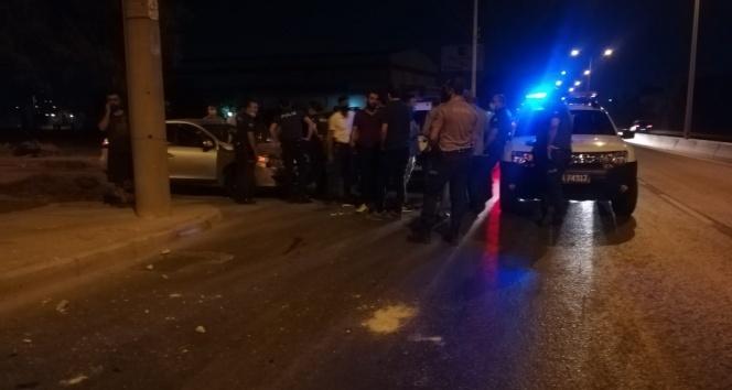 İzmir'de vatandaşın 250 bin lirasını gasp ederek kaçan şahıslar kaza geçirdi