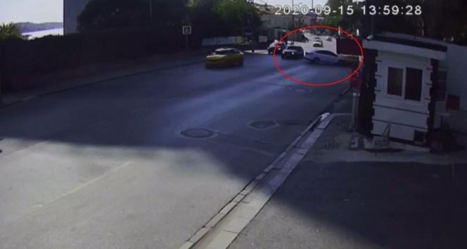 İstanbul'da hatalı dönüş kazası kamerada: 3 yaralı