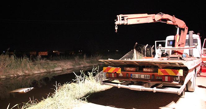 Aydın'da kamyonet kanala uçtu; 1 ağır 2 yaralı