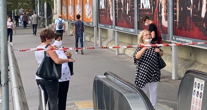 Şişli Mecidiyeköy metro istasyonunda bir kişi raylara atladı