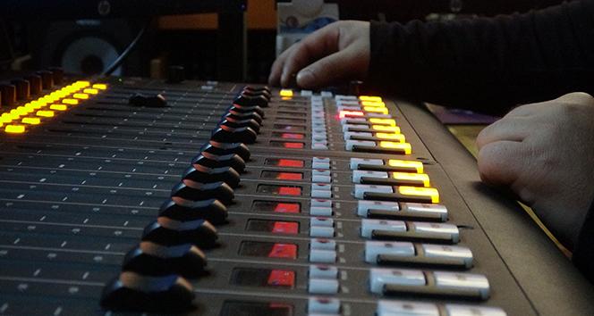 O radyoda Halil Sezai şarkıları çalmayacak