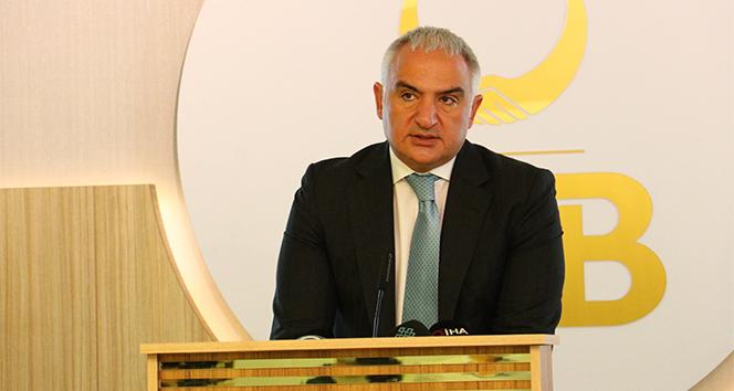 Bakan Ersoy: 'Türk diasporasının yeni nesillerini asimilasyondan korumalıyız'