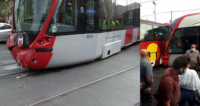 Laleli'de tramvay ile tur otobüsü çarpıştı!