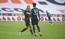 ÖZET İZLE: Trabzonspor 3-1 Yeni Malatyaspor Maç Özeti ve Golleri İzle| TS Malatyaspor Kaç Kaç Bitti