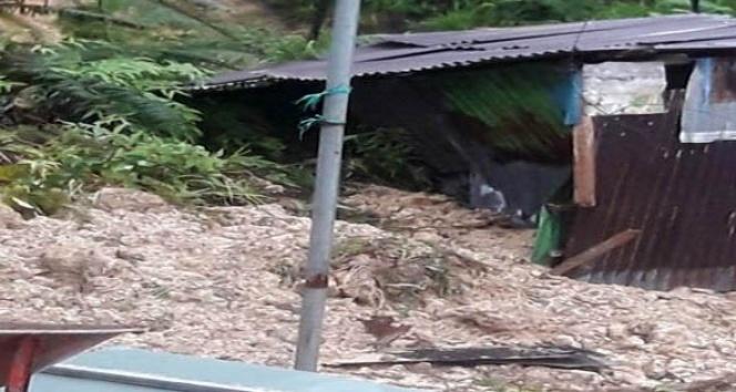 Endonezya'da heyelan: 14 ölü