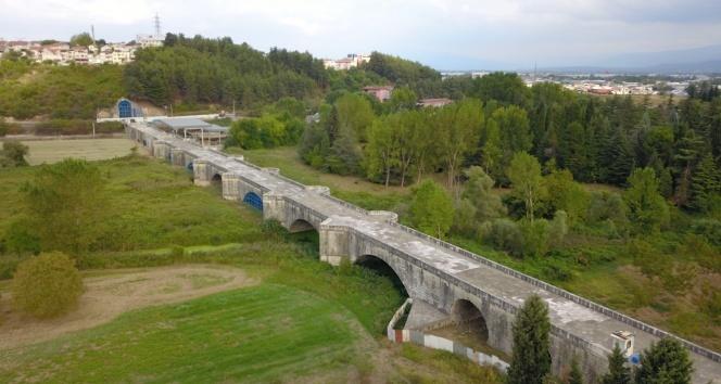 Ayasofya Camii ile eşdeğer sayılan Justinianus Köprüsü 1500 yıldır ayakta duruyor