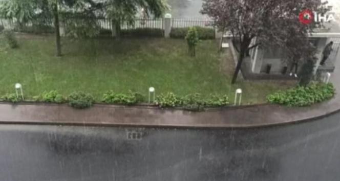 İstanbul'da dolu yağışı!