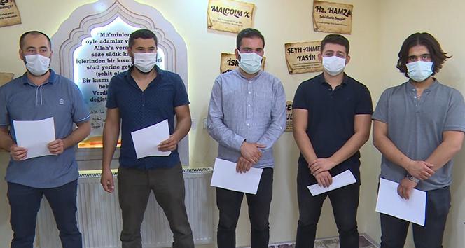 Azerbaycan ordusuna katılmak için gönüllü oldular