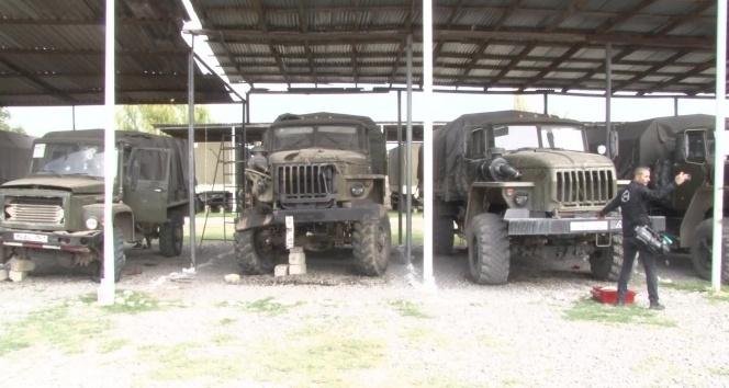 Cepheden kaçan Ermeni ordusuna ait askeri araçlar ve kamyonlar ilk kez görüntülendi