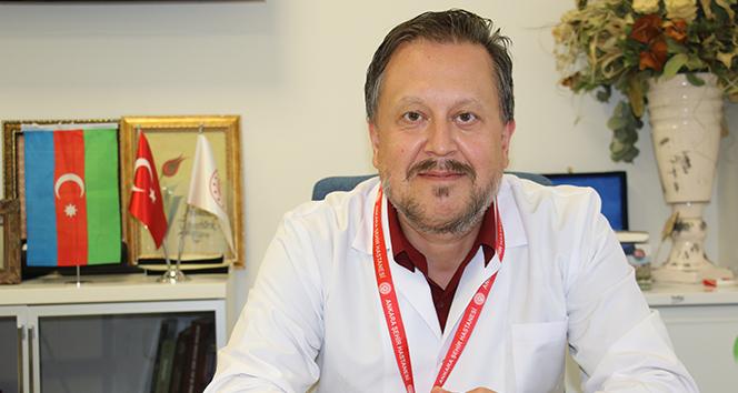 Prof. Dr. Oğuztürk: 'Virüsün ana giriş kapısı burun'