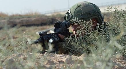 Mehmetçik, Afrinde hastaneye saldıran terör örgütü PKK/YPGye ait hedefleri vurdu