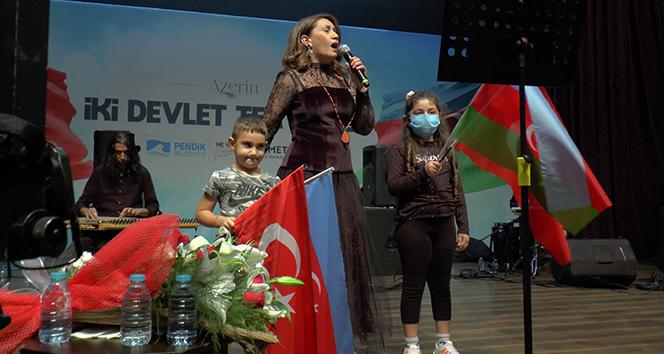 Azerbaycan Devlet Sanatçısı Azerin: 'Karabağ'da Azerbaycan bayrağını dalgalandıracağız'