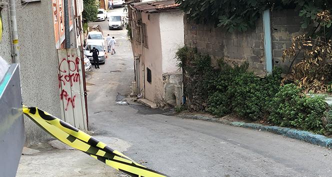 Beyoğlu'nda inşaat işçilerinin kavgasında kan aktı: 1 ölü