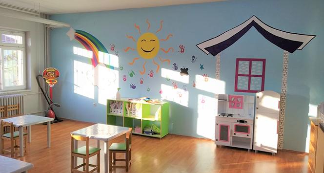 Köy okulları rengârenk