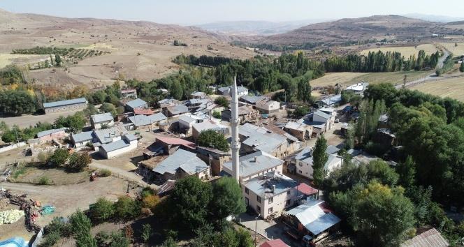 Dillerden düşmeyen uzaktaki köy bu köy
