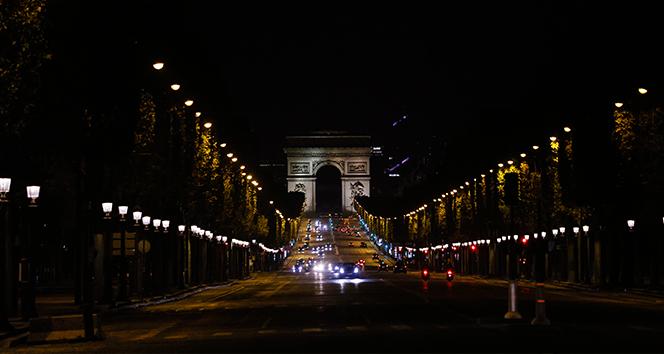 Fransa'da son 24 saatte 29 bin 837 yeni vaka