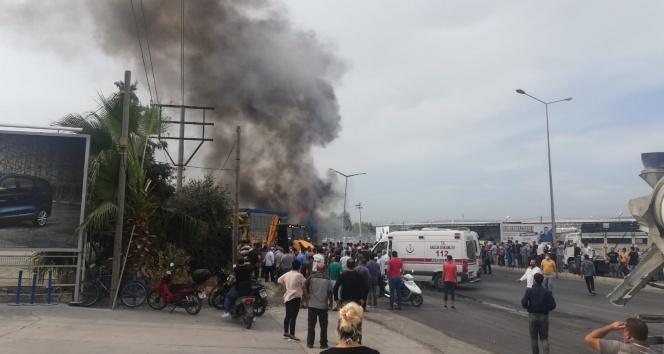Tır ile kamyonlar kazaya karıştı, çıkan yangında can pazarı yaşandı