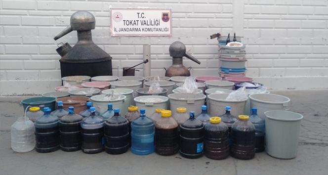 Tokat'ta 2 bin 580 litre sahte alkol ele geçirildi