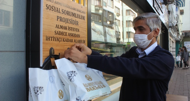 Bursa'da askıda baklava uygulaması başladı