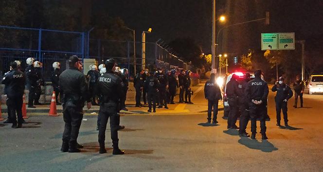 Başkent'te hastaneye taşlı saldırı: 20 gözaltı