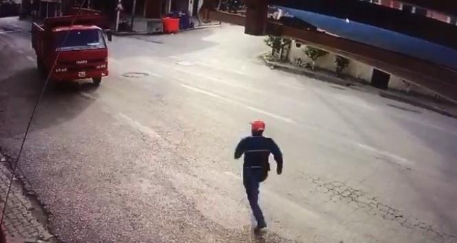 Park ettiği kamyonun freni boşalınca peşinden böyle koştu