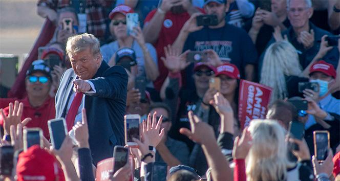 ABD Başkanı Donald Trump seçmenleri ile Arizona'da bir araya geldi