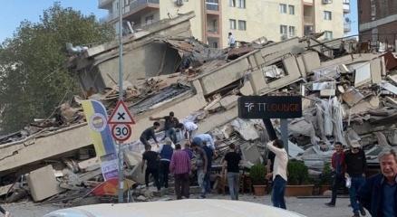İzmirde 6.6 büyüklüğünde deprem!