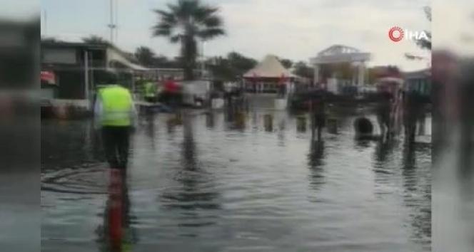 Seferihisar deprem sonrası sular altında kaldı
