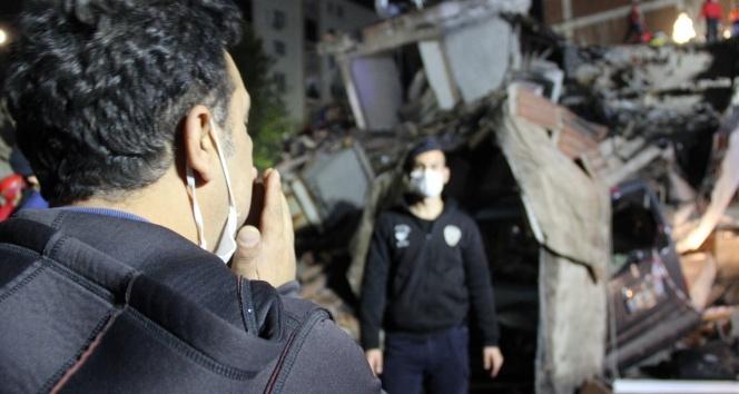 İzmir'deki depremde enkaz altında kalan bir kişi daha kurtarıldı