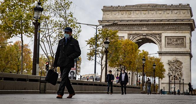 Fransa'da son 24 saatte 35 bin 641 yeni vaka