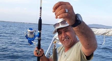 Batan teknede kaybolan balıkçının cesedi Limni sahilinde bulundu