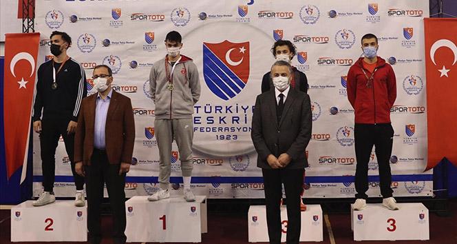 Bakan Kasapoğlu: 'Pek çok branşta iddialı bir spor mücadelesi söz konusu'