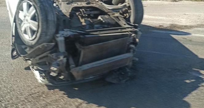 Takla atan otomobilden hafif yaralı kurtuldu!