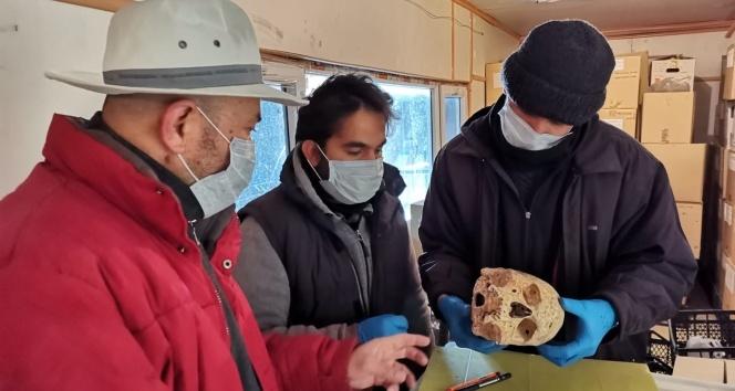 Kafatası ile 4 bin yıl önceki akrabalar belirlenecek