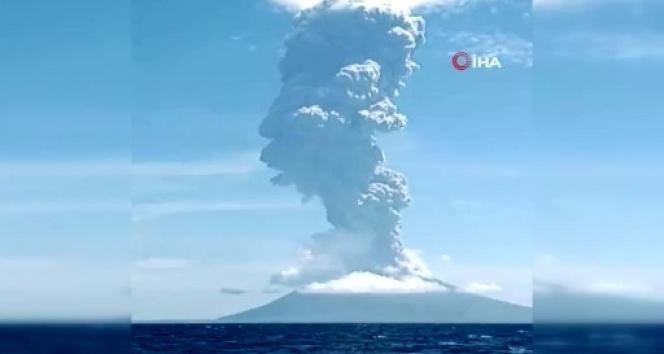 Endonezya'daki Ili Lewotolok Yanardağı'nda patlama