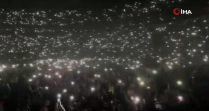 Rusya'daki konserde Covid-19 hiçe sayıldı