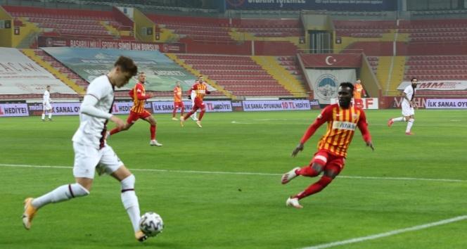 Süper Lig: Hes Kablo Kayserispor: 0 - Fatih Karagümrük: 0 (Maç sonucu)