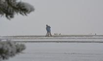 Sarıkamış'ta kar ve sis hayatı olumsuz etkiledi, her yer beyaza büründü