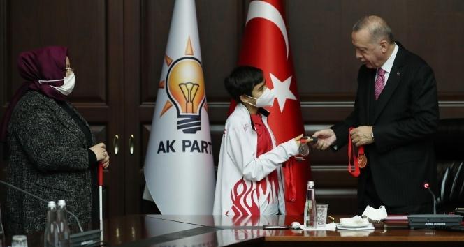 Cumhurbaşkanı Erdoğan, engelli vatandaşlarla bir araya geldi