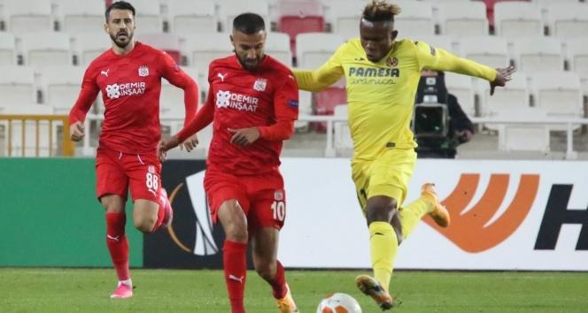 ÖZET İZLE: Sivasspor 0 - 1 Villarreal Maç Özeti ve Golleri İzle| Sivasspor Villarreal Kaç Kaç Bitti