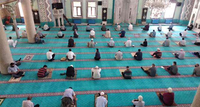 Din İşleri Yüksek Kurulu'ndan, cuma namazına ilişkin açıklama