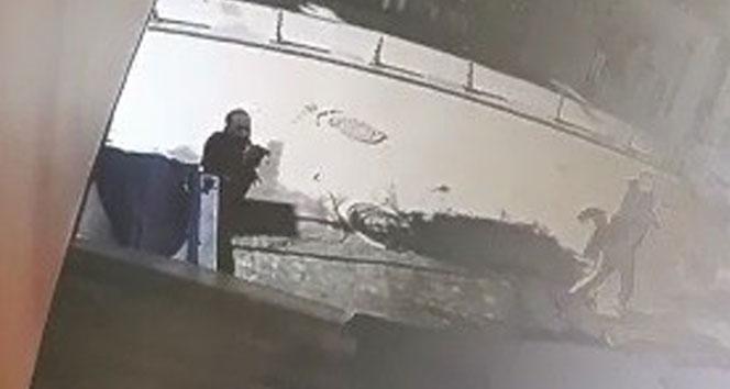 Yalova'da Çarşı ortasındaki silahlı çatışma kamerada