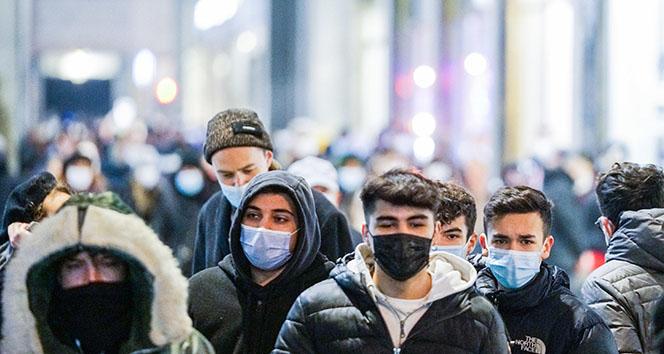 İtalya'da son 24 saatte koronavirüsten 662 ölüm